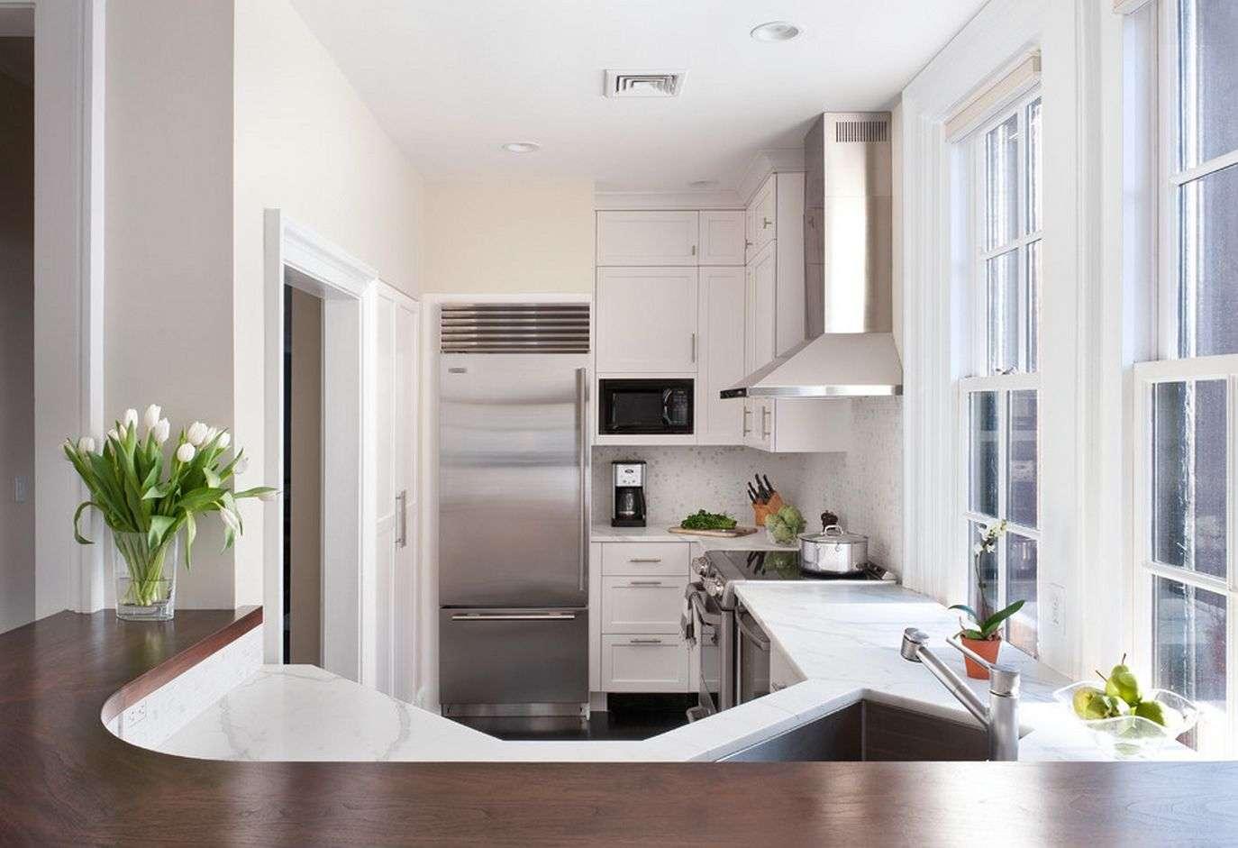 Інтерєр кухні в приватному будинку: як створити естетичну та комфортний простір