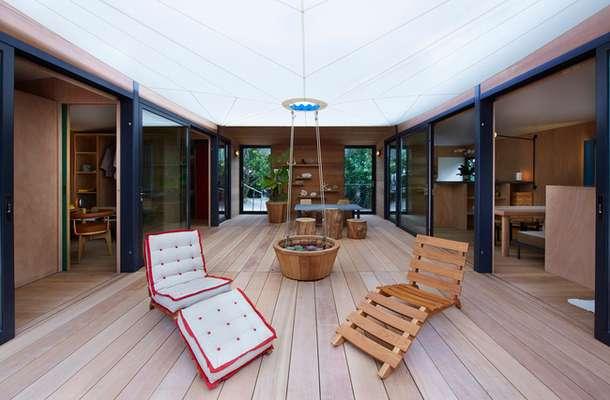 Літній будинок від компанії Louis Vuitton