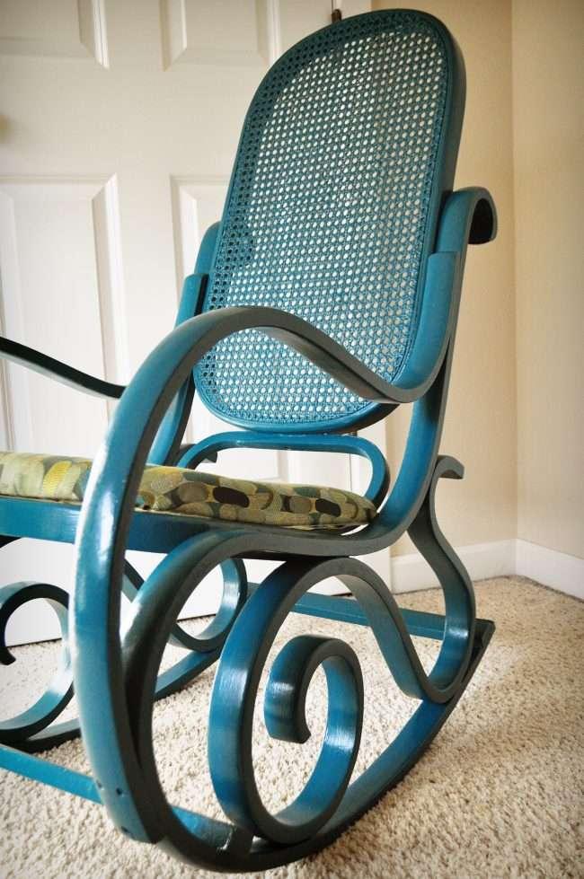 Вибираємо крісло-гойдалку з підставкою для ніг: безкомпромісний комфорт для всієї родини