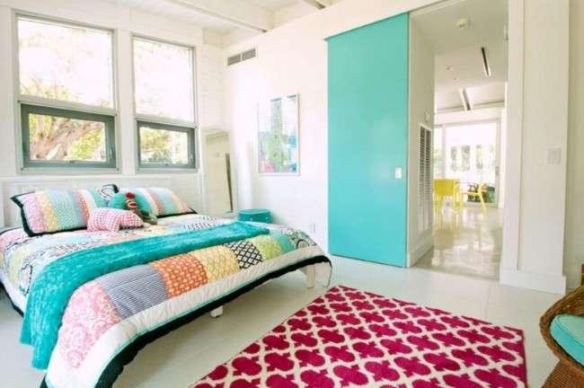 Гармонія в будинку: як повинна стояти ліжко в спальні?