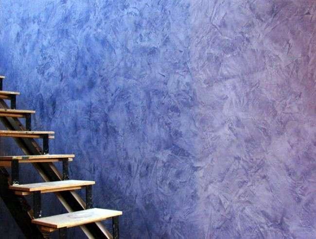 Фарба для стін з ефектом шовку (75 фото): розкіш і креатив в обробці