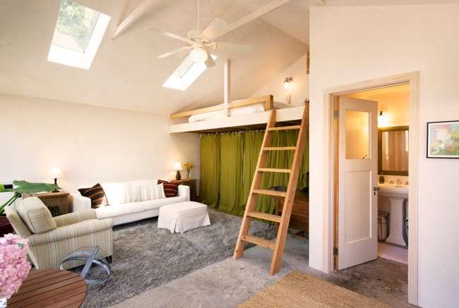 Ліжко-горище з робочою зоною для підлітка: 50 фото оптимізованого простору