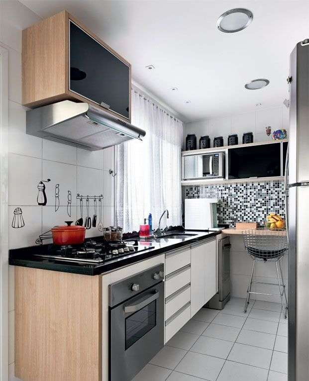 Стильний інтерєр кухні 9 кв. метрів: принципи організації простору для комфорту всієї сімї (фото)