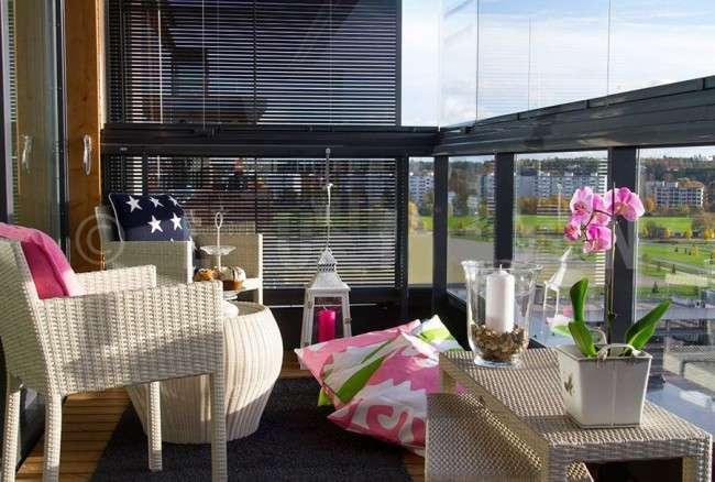 Скління балконів і лоджій: види, технології, ціни (120+ фото)