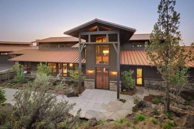 Гумова фарба по бетону: оптимальне рішення для оформлення фасаду, покрівлі та басейну