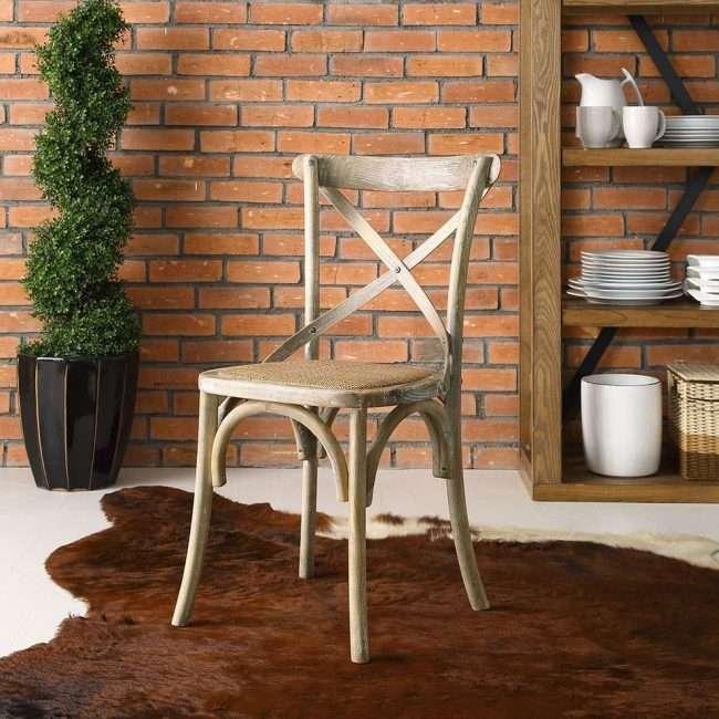 Віденський деревяний стілець: незамінний елемент класики і 80 сучасних варіантів