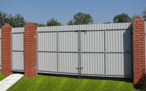 Ворота і хвіртки з профнастилу (51 фото) — простий і доступний спосіб захисту ділянки