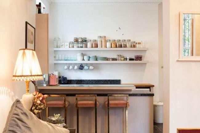 Барна стійка для кухні: матеріали, особливості освітлення і 75 елегантних інтерєрних втілень