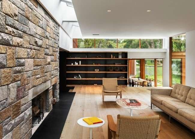 Декоративний камінь в інтерєрі: як привнести в будинок затишок і всі тонкощі облицювання
