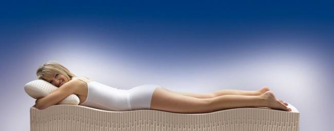 Диван з ортопедичним матрацом: 70 моделей, які виведуть ваш сон на новий рівень