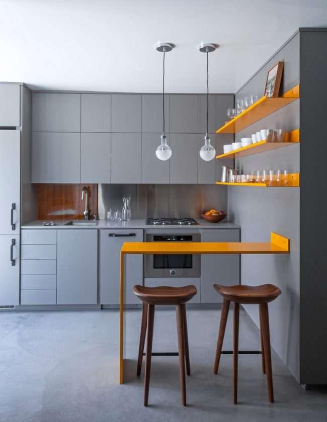Дизайн кухні площею 6 кв. м з холодильником: як оптимізувати простір і 70 функціональних ідей