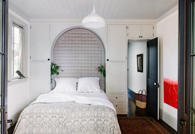 Дизайн маленької спальні: правила декору і 40+ універсальних інтерєрних рішень