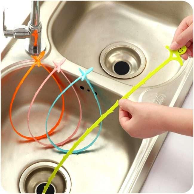 Рішення одвічної проблеми: як легко прочистити засмічення у ванній і раковині