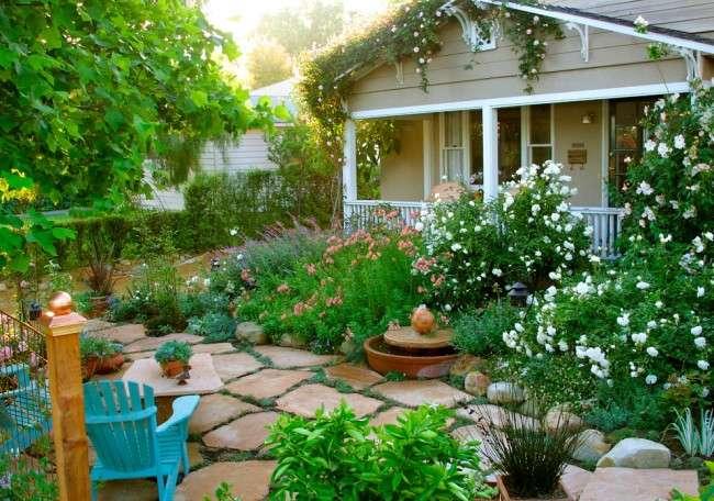 Розкішні кущові троянди: 50 вишуканих садів з королівським ландшафтом (фото)