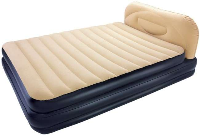 Надувний матрац для сну з насосом (ціна, фото, рейтинг): плюси і мінуси, як вибрати
