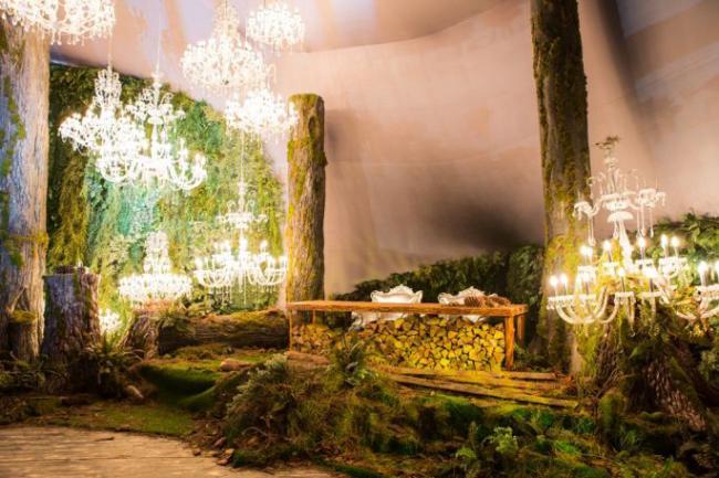 Оформлення залу на весілля: тренди року та поради з вибору стилістики, колірної гами та декору