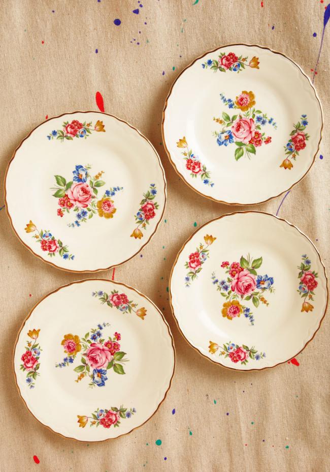 Пиріжкові тарілки: стильне поповнення для домашнього сервізу