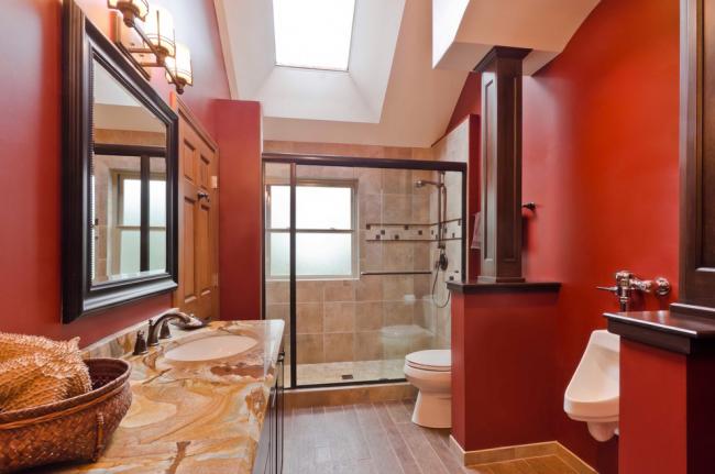 Пісуар для ванної кімнати: особливості вибору, підведення води і монтажу