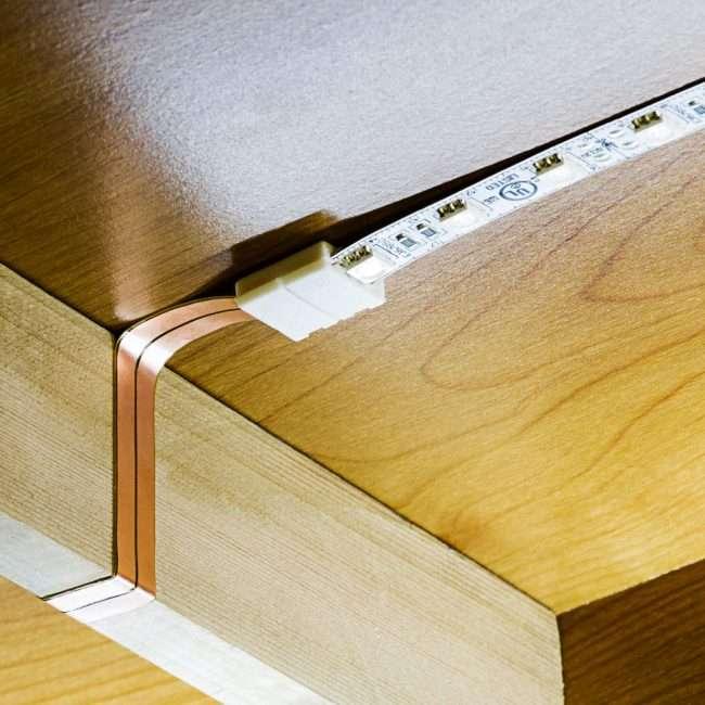 Світлодіодне підсвічування для кухонних шаф: як вибрати, особливості монтажу і 65 універсальних ідей