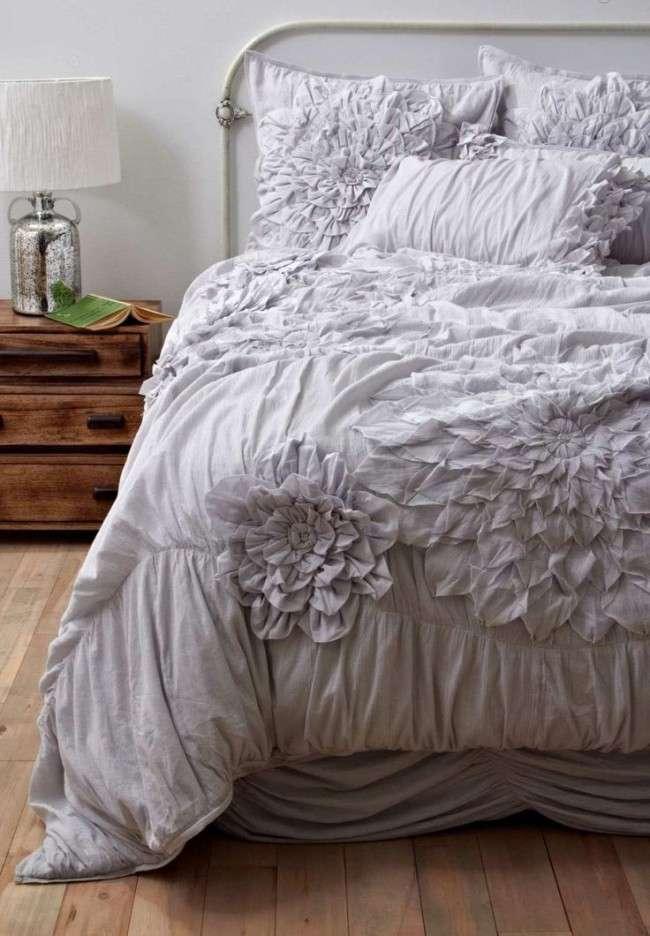 Покривало на ліжко: твір мистецтва у вашій спальні (80 фото)