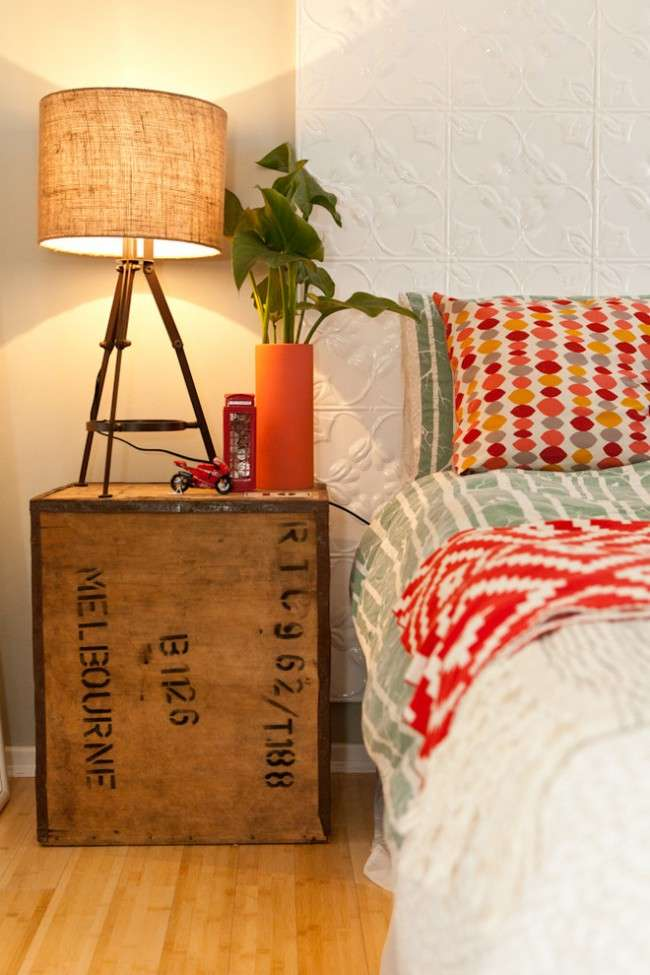 Приліжкові тумбочки: 60 ідей подчеркиващих шарм вашої спальні