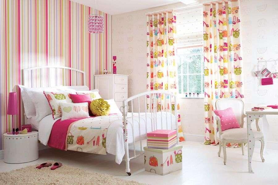 Шпалери для дитячої кімнати дівчинки: 44 інтерєру, які сподобаються дитині