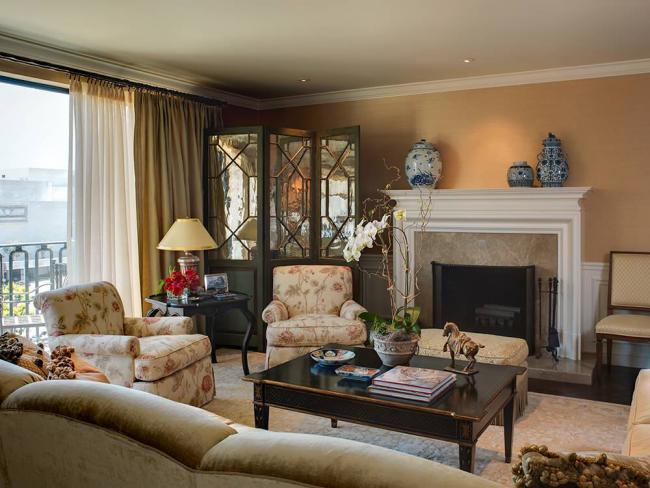 Серванти та буфети для вітальні: 90+ максимально зручних і елегантних рішень для залу