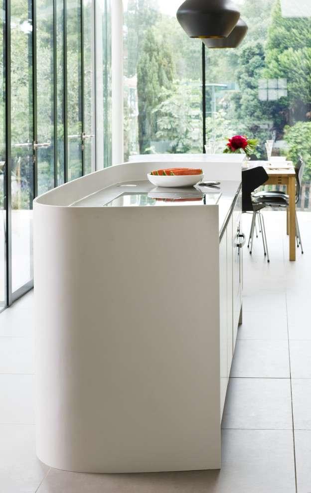 30+ зразків стільниці зі штучного каменю: природна естетика і перевірена практичність (фото)