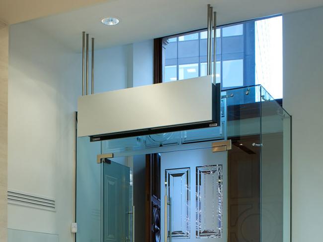 Теплова завіса на вхідні двері: як вибрати, сфери застосування і особливості монтажу